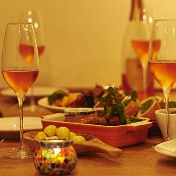 【ロゼスパークリングフルボトル&記念日デザート】肉料理、魚料理、フォアグラご飯など全7品【隠れ家で】