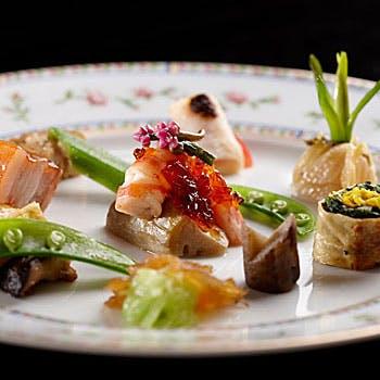 【選べる1ドリンク×土日は個室も可】隠れ家のような一軒家で日本の四季が生み出す素材を使った贅沢全7品!