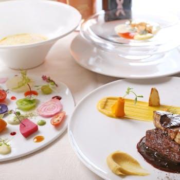 【グルマンコース】メインは厳選黒毛和牛のステーキ 満足のフルコース+1ドリンク