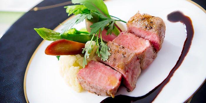 ジャルダンコース、メインお肉料理