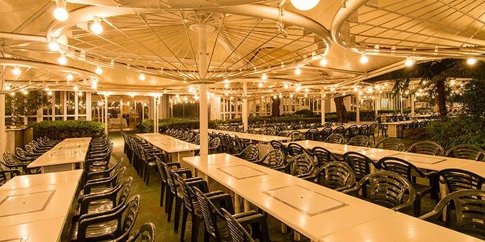 4位 ビアレストラン/テラスあり「ビアレストラン ガーデンアイランド」の写真1