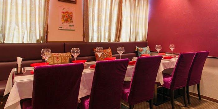 トルコレストラン サライ 渋谷店のテーブル席