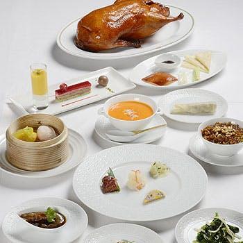 【2時間飲み放題】贅沢な店内で楽しむ、フカヒレの壺煮・名物北京ダック・特製デザートなど豪華全9品!