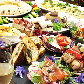 【女性限定×平日限定】フリードリンク付!前菜4種、フォンデュピッツァ、パスタ、ドルチェなど全5品!
