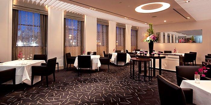 4位 個室予約可!フランス料理「ル ポンド シエル」の写真2