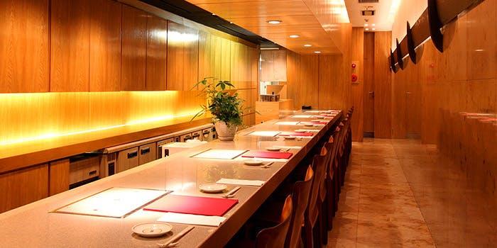 26位 個室予約可!桜肉料理(馬刺し・和食・桜鍋)「桜肉料理 祇園 馬春楼」の写真1
