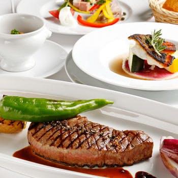 【乾杯スパーク付】1日3組限定!前菜盛合せ、魚&肉のどちらも楽しめる充実コースを堪能!特別な日にも