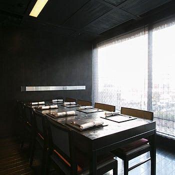 【新年会に×個室料無料】様々な会食などのお集まりに!フリードリンク付ディナーコース全7品!