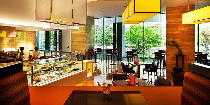 インターコンチネンタルホテル大阪にあるレストランストレスの内観