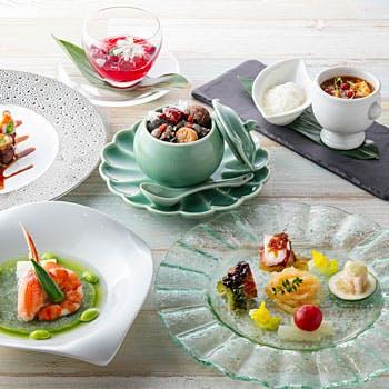【期間限定料金×美潤コース】前菜の盛合せ、極上壺蒸しスープなど、女性におすすめランチ全6品