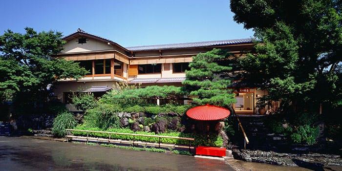 8位 保津川と嵐山が眼前に!創業44年・京懐石「嵐山 辨慶」の写真1
