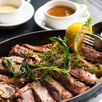 【一休限定】スパークリングやカフェも選べる1ドリンク付!国産牛ステーキ,豊富な前菜にスープ,ドルチェ等