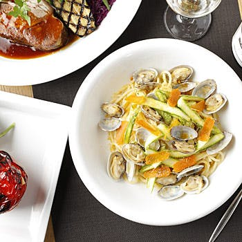 【パスタメイン×ランチブッフェ】月替わりのメインと旬野菜や天然酵母パン等こだわりブッフェ