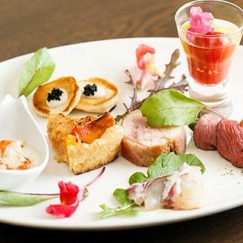 【人気プラン最安値】乾杯スパークリング付!贅沢ブランチお肉とお魚のWメイン全5皿 特別料金2,400円