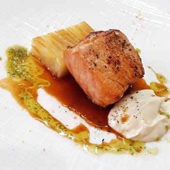 【一休限定】代官山の隠れ家レストランで 魚&肉料理の両方をお楽しみいただけるおすすめランチ 4,000円