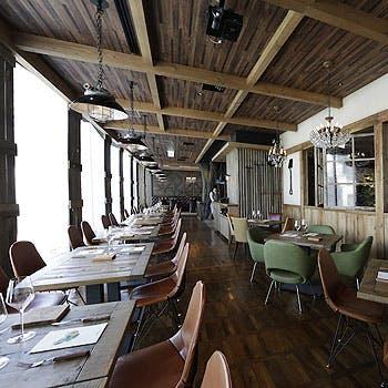【スペース貸切×2時間飲み放題】産直魚料理+トリュフソースの黒毛和牛のWメイン含む贅沢グループディナー