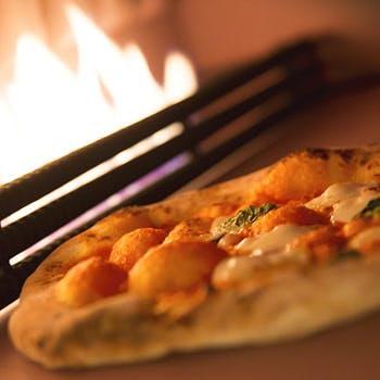 【13時30分以降/土日祝】ハーフブッフェ!5種パスタ、窯焼きピザ、デザートなど食べ放題+選べるメイン!