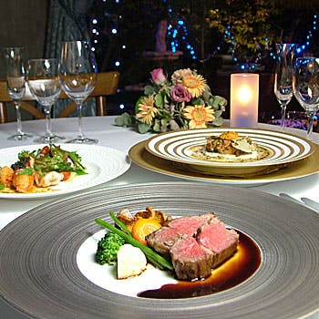 【一休限定】神戸牛のメイン料理を愉しむ前菜2皿など全5品の贅沢コース!ワゴンデザートはお好きなだけ!