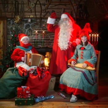 【12/4限定】サンタがやって来る!大皿シェアスタイルのフィンランドフェア全8品 スパークリングも飲み放題