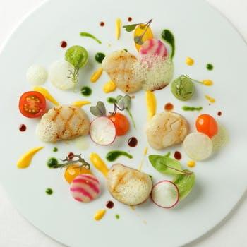 【5,400円→5,000円】星つきレストラン出身シェフが贈る鮮魚料理・お肉料理やWデザートなどフルコース全7品