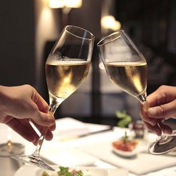 【イタリアンディナー】シャンパン等ドリンク3杯付、前菜7種やピッツァやメインなど全5品