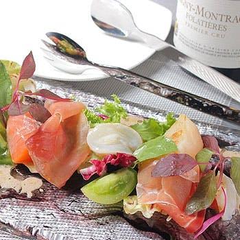 【10,000円→7,500円】スパークリングワインも含む飲み放題は3時間制!メインに肉料理を愉しむ全5品!