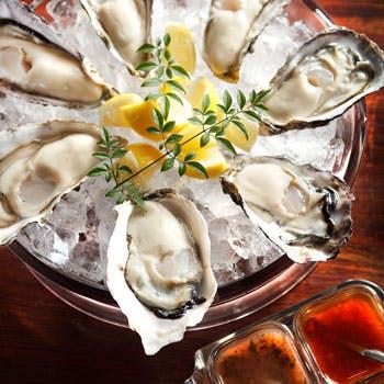 【土日祝限定】前菜盛り合わせと厳選生牡蠣5種のお手軽コース 食前酒付き!