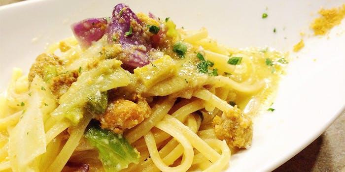 生ウニソースのスパゲッティが盛られたひと皿