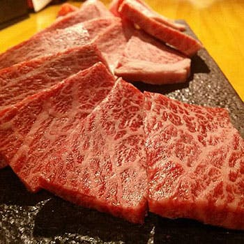 【ビビンバなどから選べるお好きな〆一品付】通常5,832円→5,500円 肉好きを虜にさせる極上の全11品!