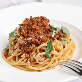 生肉から熟成肉まで楽しめる!前菜・パスタ・ビステッカ又はカツレツなどお肉好きのための贅沢ランチコース