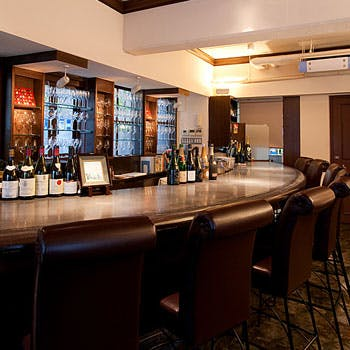 【席のみ予約】豊富なアラカルトメニューと100種類以上のワインの中から当日お好みで