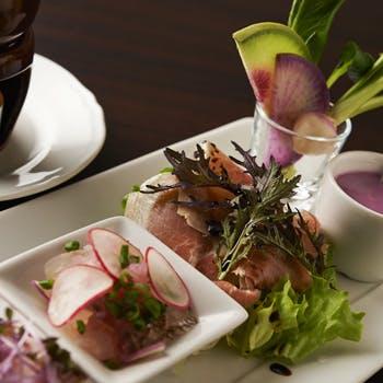 【一休限定ランチ】スプマンテ+グラスワイン 前菜5品盛とパスタ2種