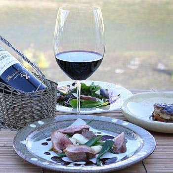 【川床席確約】限定2席!美食家を魅了する 前菜、スープ、選べるメイン、デザート、食後のカフェなど