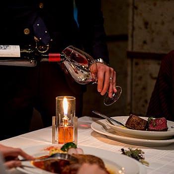 """【ホールケーキ付】メインに""""牧草牛テンダーロイン(フィレ肉)&スプリングラムラックが愉しめる全7品"""