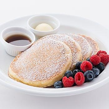 【乾杯ドリンク付】エッグベネディクトにパンケーキorフレンチトーストが選べる!サラベスの看板メニューを
