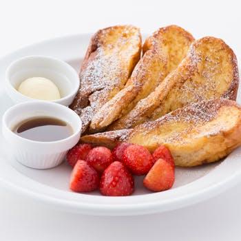 【早めがお得】1ドリンク付エッグベネディクトにパンケーキorフレンチトースト!サラベスの看板メニューを