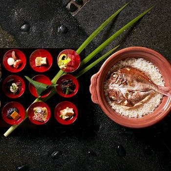 【一休限定】日替わり小鉢を10品+土鍋炊き天然鯛めし+デザートなど全4品コース!個室確約でご案内!