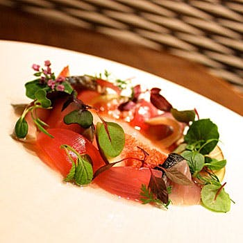 【贅沢ランチコース】スパークリング付 旬食材を贅沢に堪能!お肉料理・アミューズ2品・前菜2品の全6品