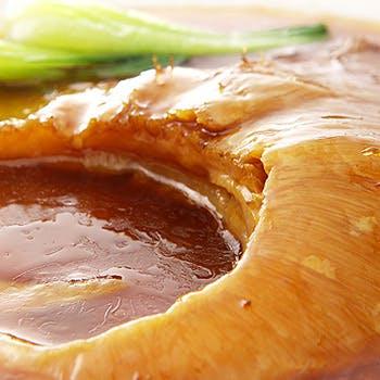 【春得!48時間セール】1ドリンク付!フカヒレ姿煮&北京ダックに金華ハム使用の高級薬膳スープなど全9品