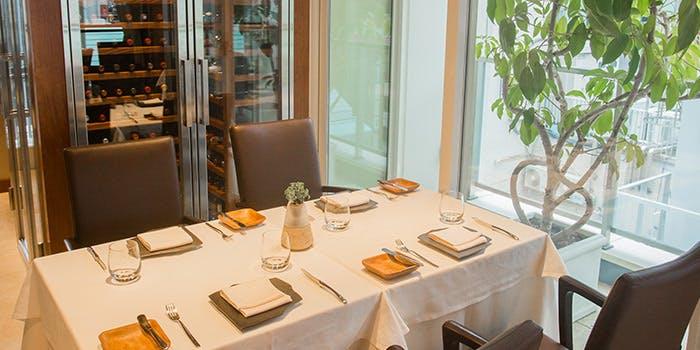 28位 フランス料理/レビュー高評価「銀座 レストラン オザミ」の写真2