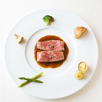 【日本の旬を堪能】素材本物の味を楽しむ!絶品のセレクトより選べるメインなどフォアグラ含む美食ランチ