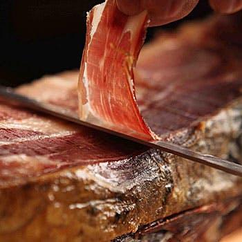 【スペインお楽しみコース】見た目も美しいピンチョスからメインはお肉3種盛りor魚介3種盛りよりチョイス!