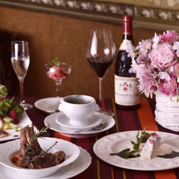 【グラスワイン付】オーストラリア産仔羊骨付ロース肉のコンフィや魚料理含むWメインの野菜たっぷりコース