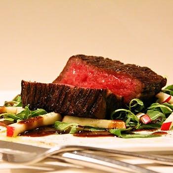 【煉瓦コース プランB】前菜盛合せ4〜5種・お肉のWメイン(和牛イチボ+α)・デザート・コーヒー又は紅茶