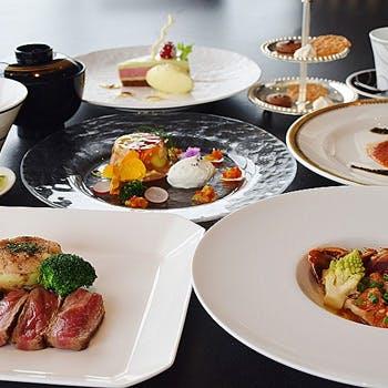 【ホテル最上階の贅沢空間で】シーフードとオーストラリア産サーロインステーキの鉄板焼ランチコース