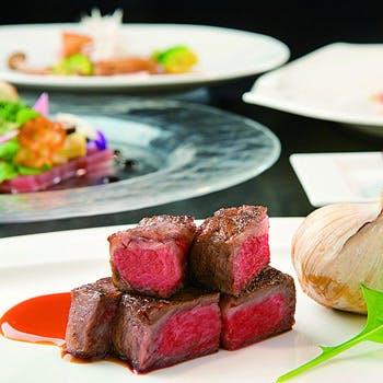 【豪華食材を味わう贅沢ランチ】フォアグラとアワビ、黒毛和牛のランチコース