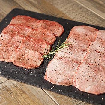 【アップグレード】プラチナタン付に!サラダ&スープはお替り自由!名物30日熟成タンなど8種のお肉を堪能