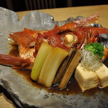 【月曜限定×空コース】青山の大人の隠れ家で楽しむ、金目鯛の煮付けや鮮魚5点盛、焼物、油肴、お食事など