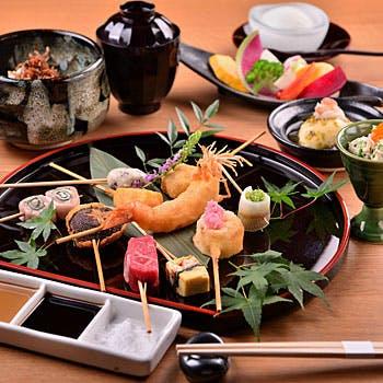 【葵 〜あおい〜】土日祝!四季折々の食材の串揚げ10本、前菜2種、野菜盛り、デザートなど全5品を堪能!
