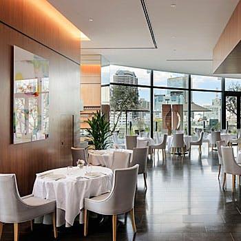 【ランチ】開業1周年アニバーサリープラン 今年一番人気スペシャリテ&グラスシャンパーニュ付き